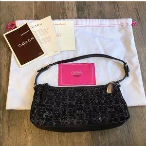 Coach black silver small purse #G04M-947